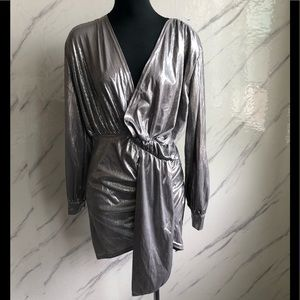 Bodycon with long sleeve silver color